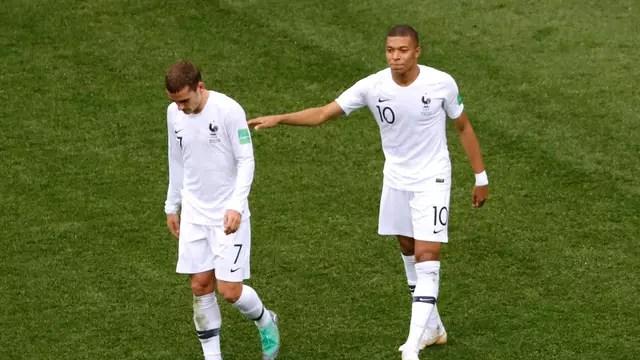 Griezmann não faz uma de suas comemorações mais animadas após marcar o 2x0 contra o Uruguai pela França