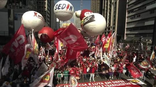 Protestos, feira de empregos e shows marcam 1º de Maio pelo país