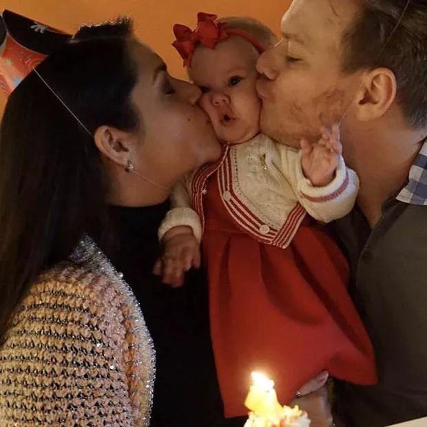 Thais Fersoza e Michel Teló com Melinda (Foto: Reprodução/Instagram)