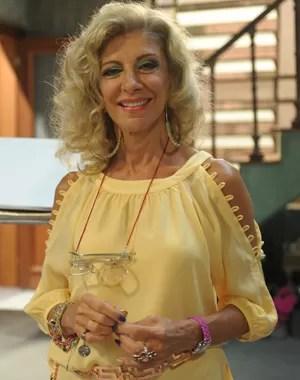 Marlene (Marília Pêra) é maquiadora dos defuntos (Foto: Divulgação/ TV Globo)