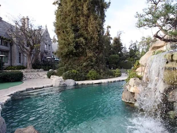 Vista da mansão da Playboy, que será colocada à venda por US$ 200 milhões (Foto: AFP PHOTO/GABRIEL BOUYS/FILES)
