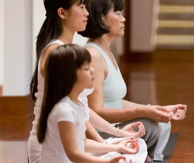ioga; familia (Foto: Thinkstock)