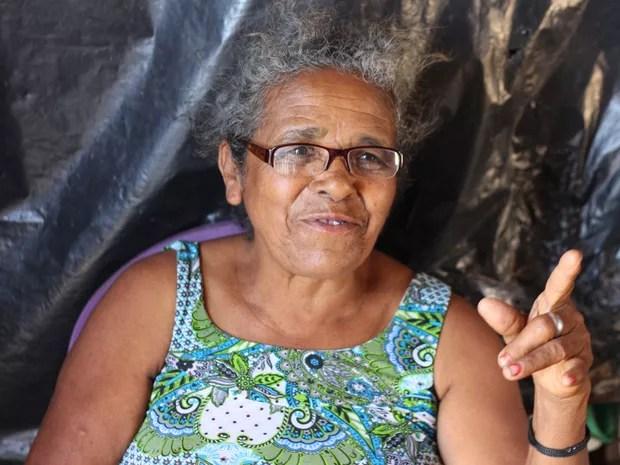 Uma das mais antigas moradoras da comunidade quilombola Tabacaria é dona Dominícia Paulino dos Santos, de 62 anos (Foto: Marcio Chagas/G1)