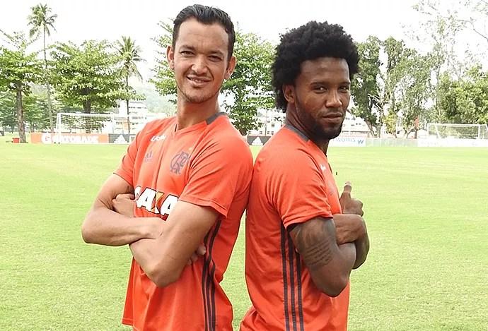 Rever e Rafael Vaz, Flamengo (Foto: Fred Gomes/GloboEsporte.com)