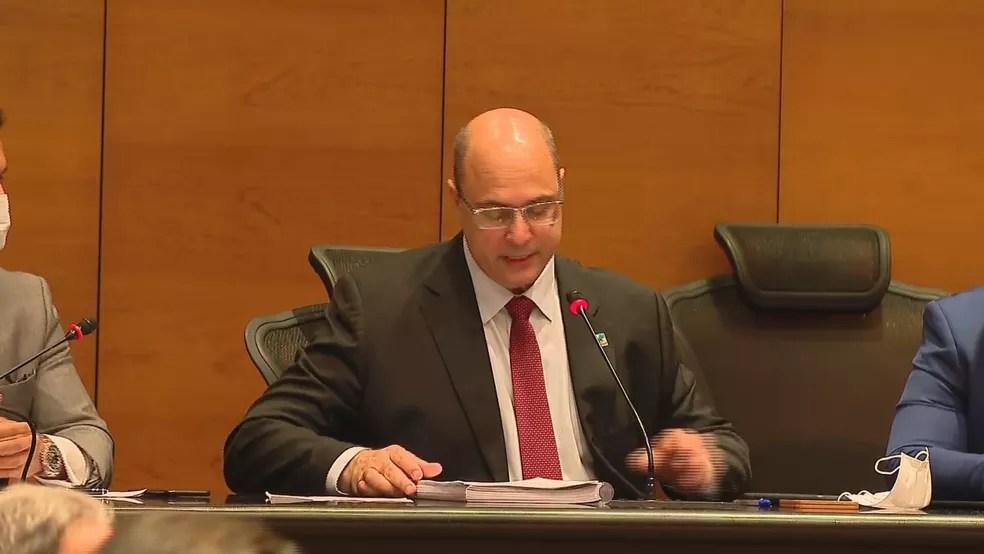 Witzel é interrogado e chora ao se defender em processo de impeachment — Foto: Reprodução TV Globo