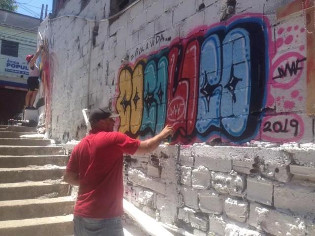 Viela recebe novas pinturas neste domingo (8) — Foto: Arquivo Pessoal