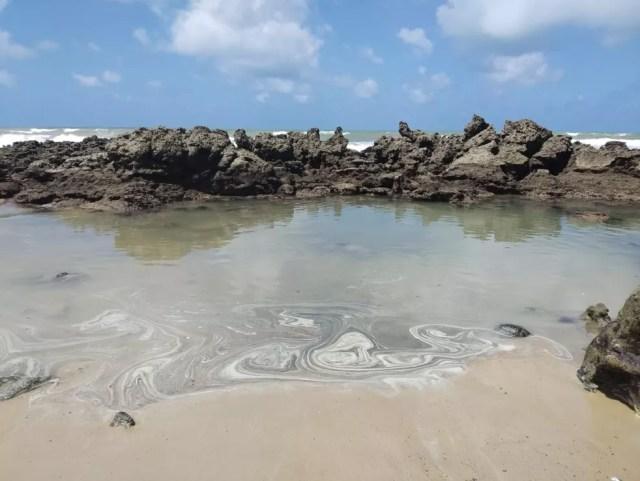 Poucos vestígios de petróleo foram registrados no litoral da Paraíba  — Foto: Divulação/Prefeitura de Conde