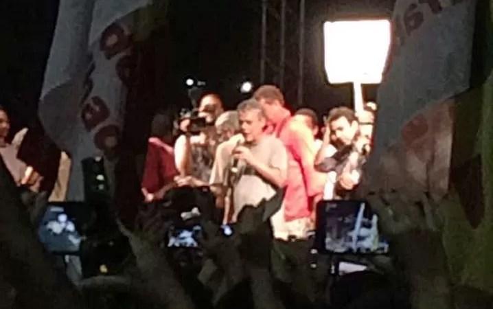Chico Buarque subiu ao palco no Largo da Carioca