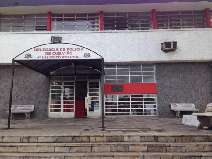 Caso foi encaminhado para a Delegacia Sede de Cubatão — Foto: Mariane Rossi / G1