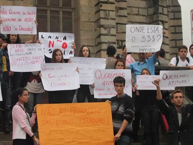 Manifestantes cobram soluções para evitar mais mortes (Foto: Tássia Thum/G1)