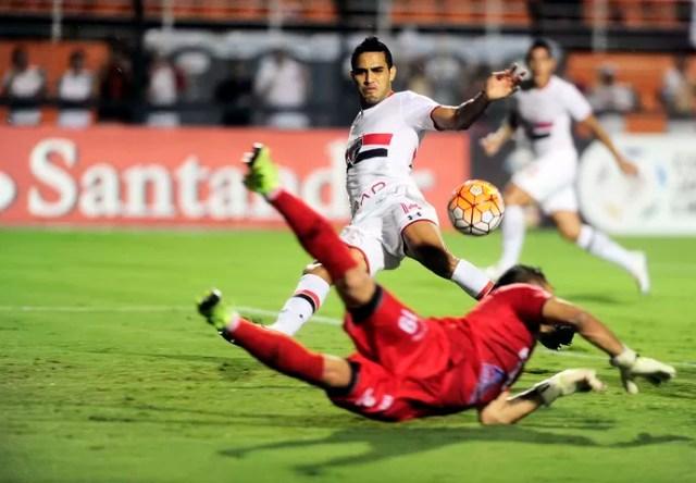 São Paulo x The Strongest Alan Kardec (Foto: Marcos Ribolli)