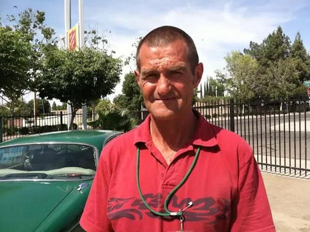Joe Cornell achou saco com US$ 125 mil (R$ 280 mil) que caiu de carro-forte (Foto: George Hostetter/The Fresno Bee/AP)