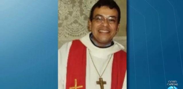 Padre Pedro Gomes Bezerra foi encontrado morto dentro de casa em Borborema, na Paraíba (Foto: Reprodução/TV Cabo Branco)