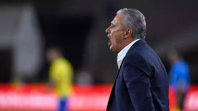 Tite sofreu sua terceira derrota no comando da Seleção