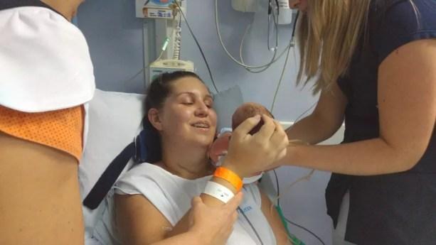 Ana Beatriz ficou tetraplégica após sofrer acidente em Rio Preto (SP) — Foto: Hospital Austa/Divulgação