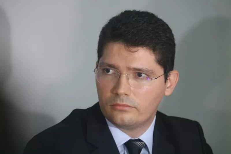 Delegado Leonardo Portela falou sobre a Operação Topique, da PF.  (Foto: Andrê Nascimento/G1)