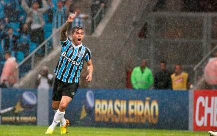 Vargas comemora gol contra o Botafogo (Foto: Wesley Santos/Agência PressDigital)