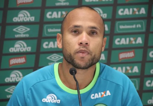 Ananias era titular do time da Chapecoense