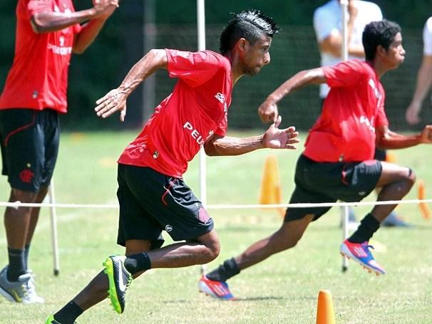 Time do Flamengo investe na Copa do Brasil para mudar o quadro de derrotas (Foto: Ivo Gonzalez / Agencia O Globo)