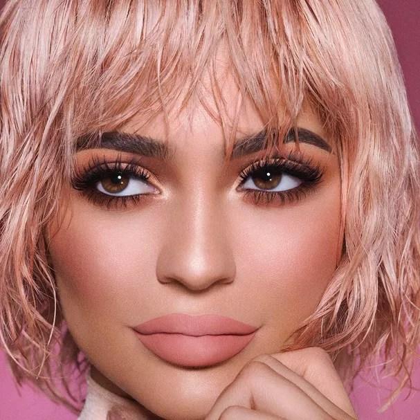 Kylighter Kylie Cosmetics Investe Em Iluminadores
