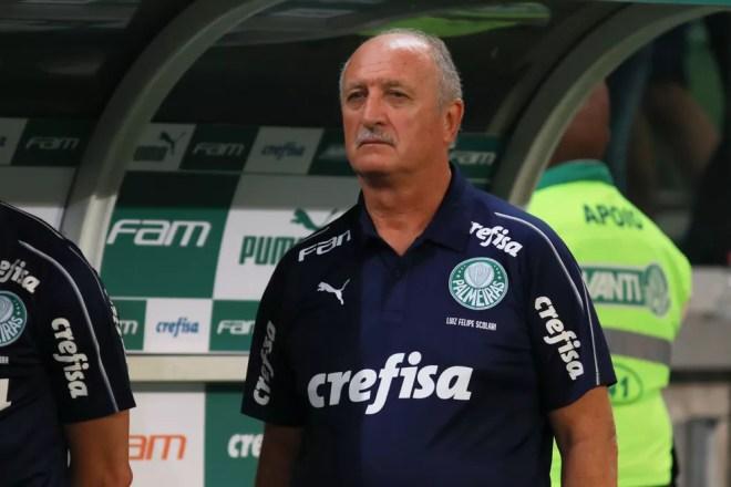 Felipão na partida contra o Botafogo-SP — Foto: Ricardo Moreira/Fotoarena/Estadão Conteúdo