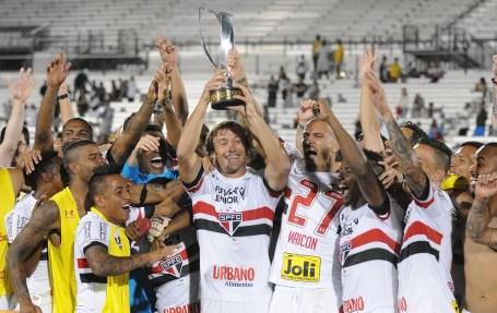 São Paulo foi campeão do Torneio da Flórida nos EUA (Foto: EFE)