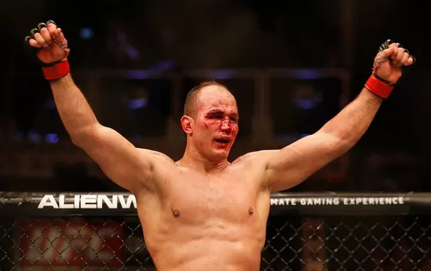 UFC Phoenix, Stipe Miocic e Cigano Junior dos Santos  (Foto: Getty Images Sport)