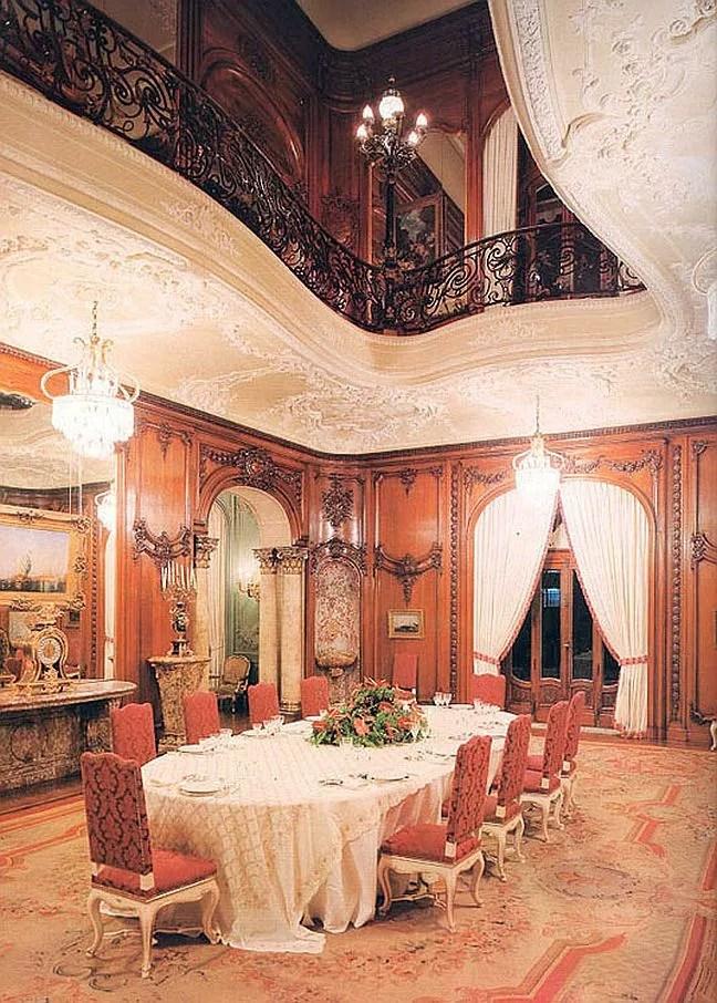 Sala de jantar  do Palácio Laranjeiras, residência oficial do governador do estado do Rio de Janeiro (Foto: Wikipedia)