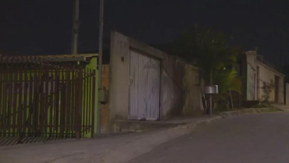 Jovem morava no bairro Serra Dourada, em Ibirité, na Grande BH — Foto: Reprodução/TV Globo