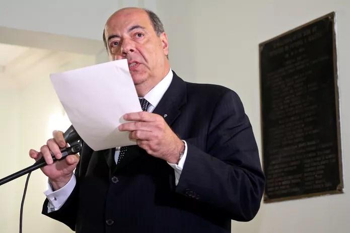 Mufarrej tenta controlar crise política que divide o Botafogo — Foto: Vitor Silva/SSPress/Botafogo