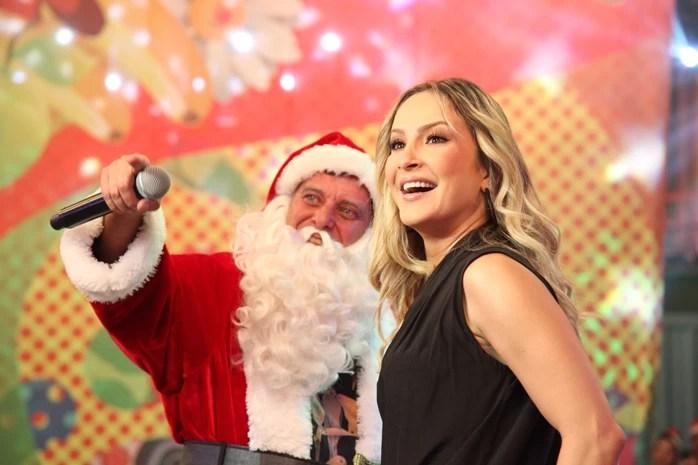 Claudia Leitte é convidada especial de Natal do Divertics (Foto: TV Globo/Carol Caminha)