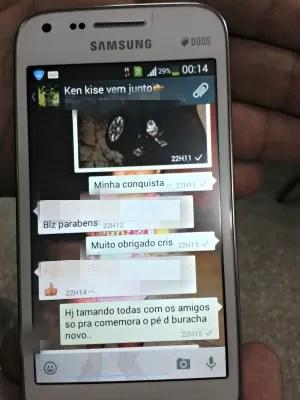 Jovem mostrava  foto de carros roubados em grupo de WhatApp  (Foto: Suelen Gonçalves/G1 AM)