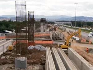 Obras da CPTM próxima ao Aeroporto de Guarulhos (Foto: TV Globo/Reprodução)
