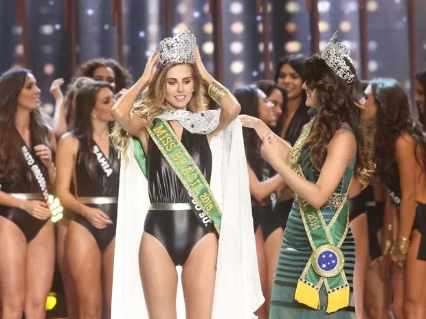 Marthina Brandt, representante do Rio Grande do Sul, vence o Miss Brasil 2015 (Foto: Iwi Onodera)
