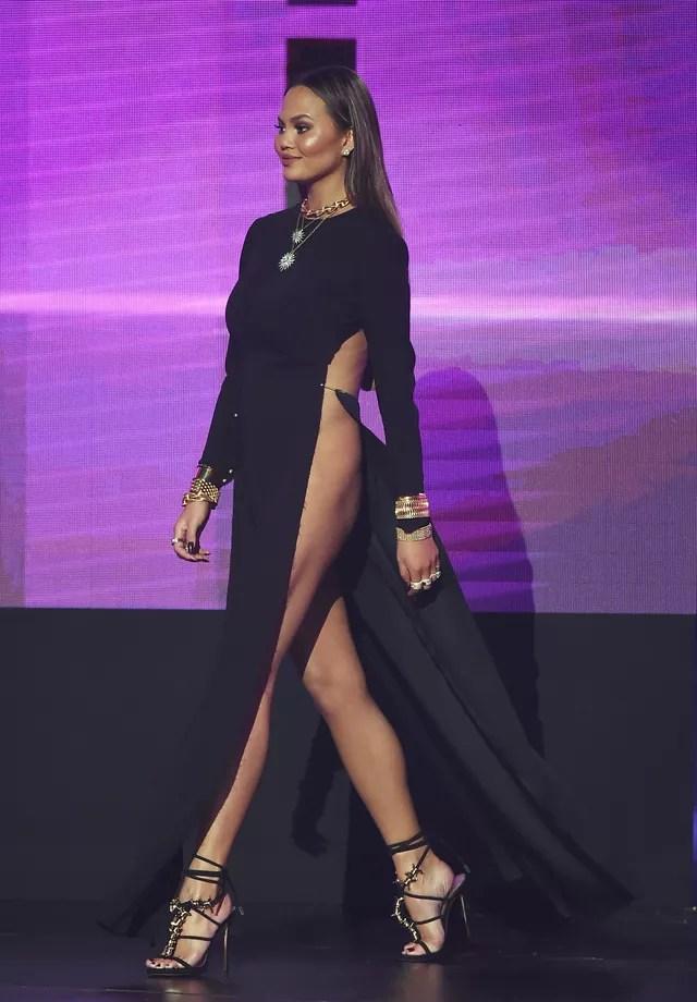 Chrissy Teigen: sexy até dizer chega (Foto: Getty Images)