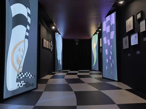 Ala do Humor da exposição 'O mundo de Tim Burton' no MIS, em SP (Foto: Letícia Godoy/MIS/Divulgação)