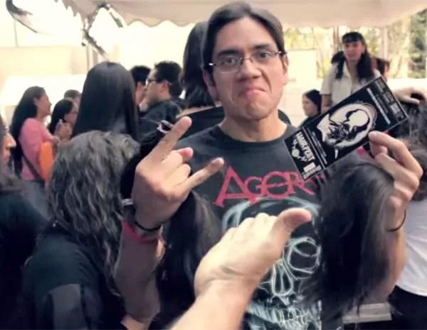 Festival de metal no México teve entrada gratuita para quem doou cabelo. (Foto: Reprodução)