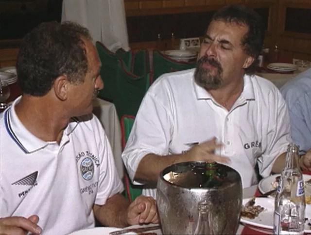 Felipão e Cacalo no Grêmio dos anos 90 — Foto: Reprodução/RBS TV