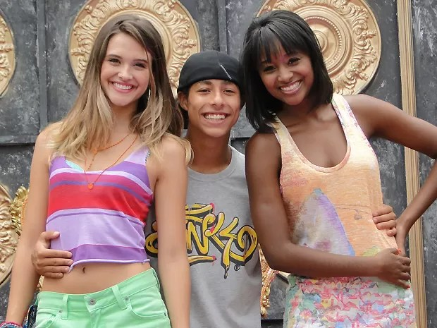 Juliana Paiva, Peter Brandão e Aline Prado, a Globeleza. (Foto: Malhação / TV Globo)