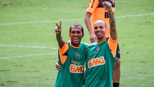 Richarlyson, Diego Tardelli, Cidade do Galo, Atlético-MG, treino (Foto: Bruno Cantini / Site Oficial do Atlético-MG)