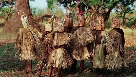 Rituais religiosos tradicionais, como os de etnias do malauí, têm semelhanças com os rituais do direito (Foto: Wikicommons)