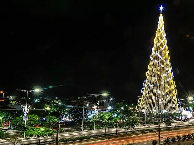 Acendimento da Árvore de Mirassol marcou início da programação do Natal em Natal (Foto: Canindé Soares)