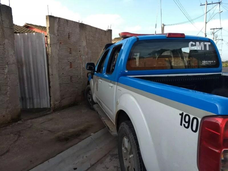 Ação das forças de segurança começou na madrugada (Foto: Osiel Azevedo/Inter TV)