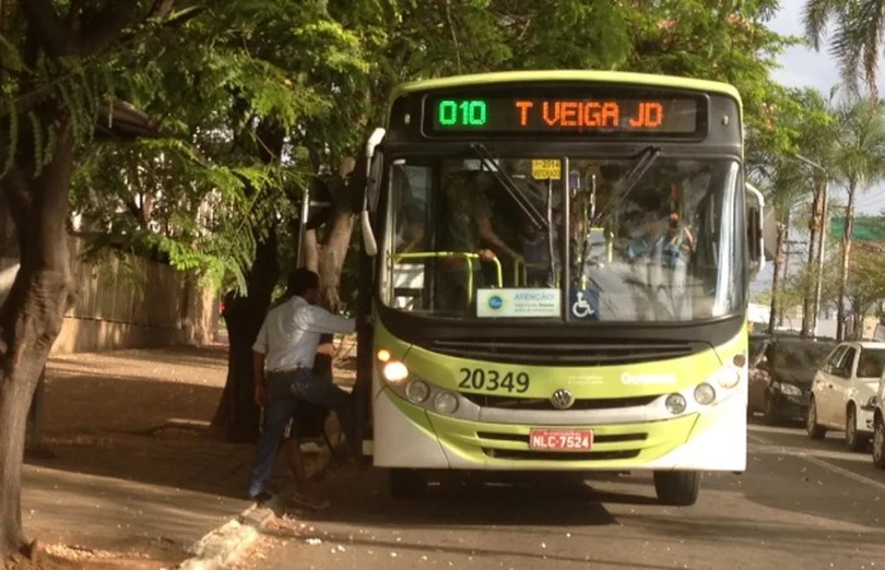 CMTC quer que preço da passagem passe de R$ 3,70 para R$ 4 (Foto: Sílvio Túlio/G1)