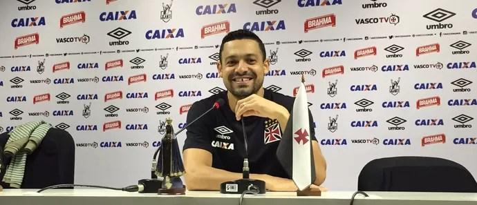 Eder Luis coletiva (Foto: Sofia Miranda / GloboEsporte.com)