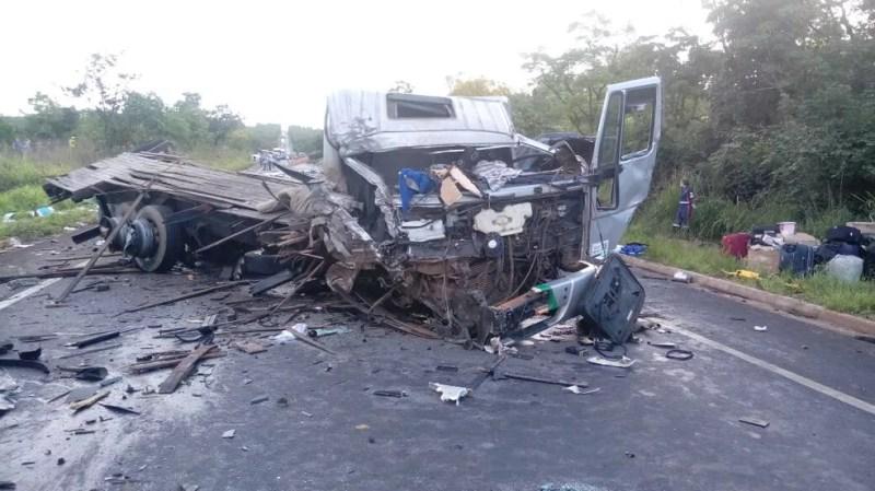 Sete  veículos se envolveram no acidente (Foto: Samu/ Divulgação)
