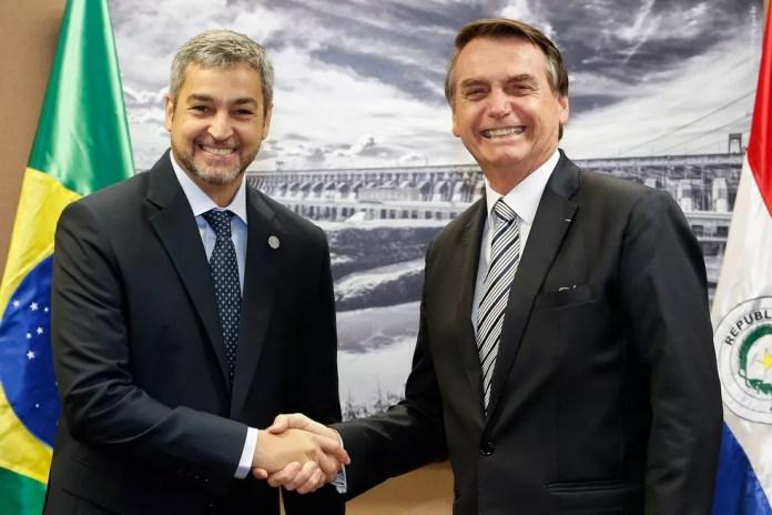 O presidente da República, Jair Bolsonaro, durante encontro com o presidente do Paraguai, Mário Abdo Benitez, em fevereiro, no Palácio do Planalto — Foto: Alan Santos/Presidência da República