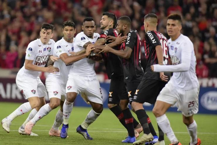 Furacão e Flu estão na semi da Sul-Americana; campeão garante vaga direta na fase de grupos da Libertadores — Foto: Reginato/FotoArena/Estadão Conteúdo