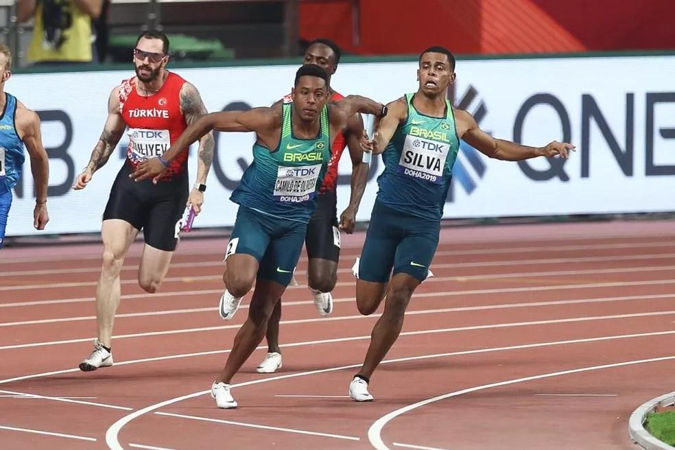 Brasil na final do revezamento 4x100m masculino do Mundial de Atletismo de Doha — Foto: Wagner do Carmo/CBAt