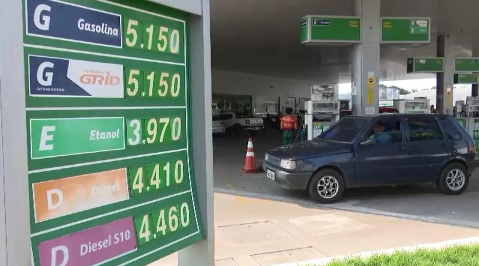 Gasolina está sendo vendida entre R$ 5,05 a R$ 5,15 em postos de Rio Branco (Foto: Reprodução/Rede Amazônica Acre)